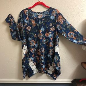 NWT NEW DIRECTIONS TUNIC
